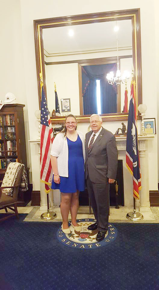 EWC Student KaylaRae Lawrence and Senator Mike Enzi in Washington, DC